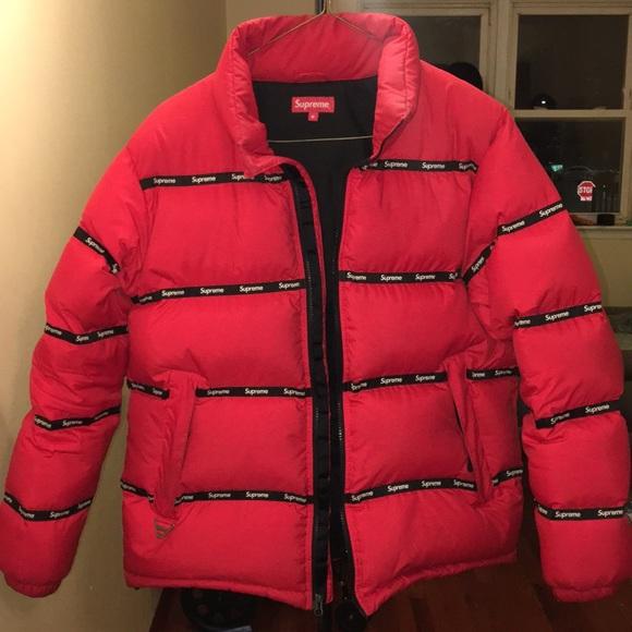 557e4a6e supreme puffy jacket